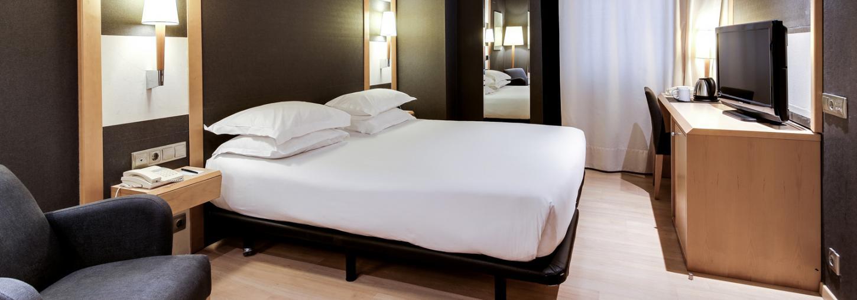 Standard Room - Hotel Barcelona Universal