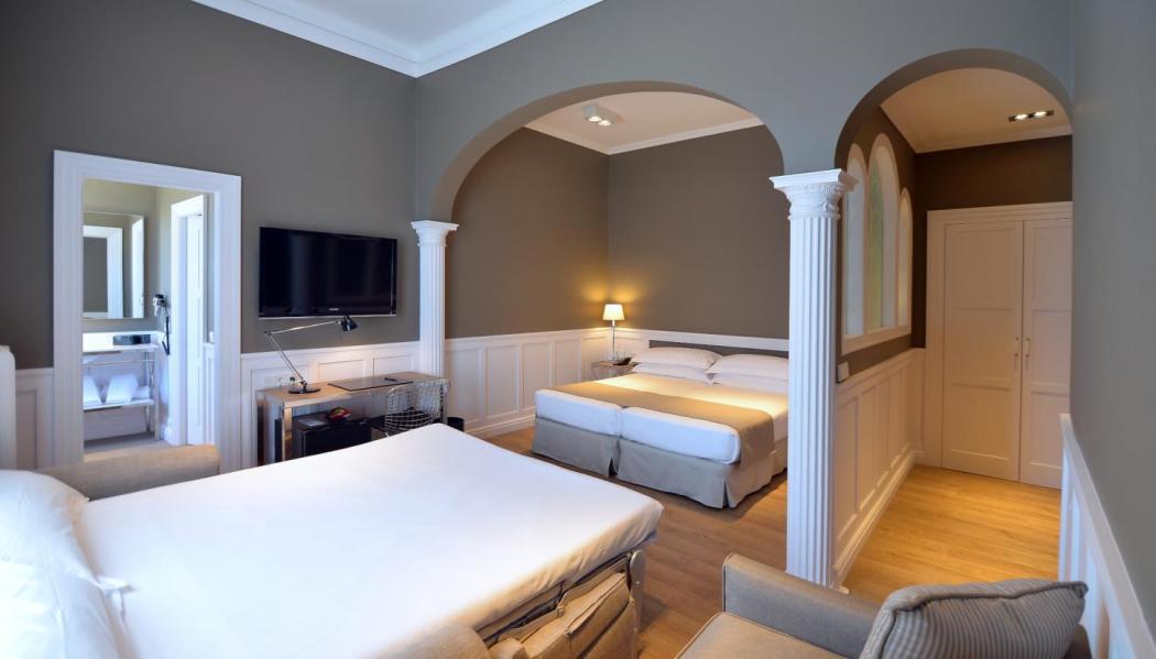 Family Room - Hotel Granvía
