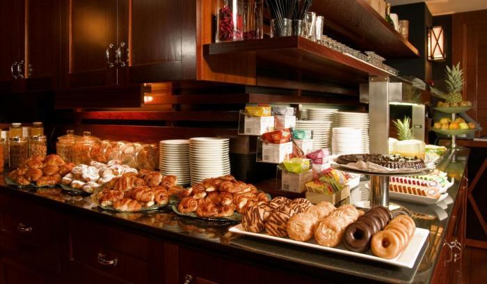 Breakfast Hotel U232 (2)
