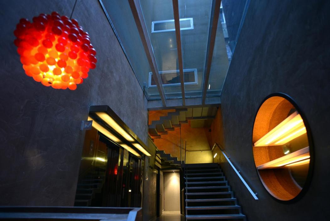 Hotel Soho_stairs (1)
