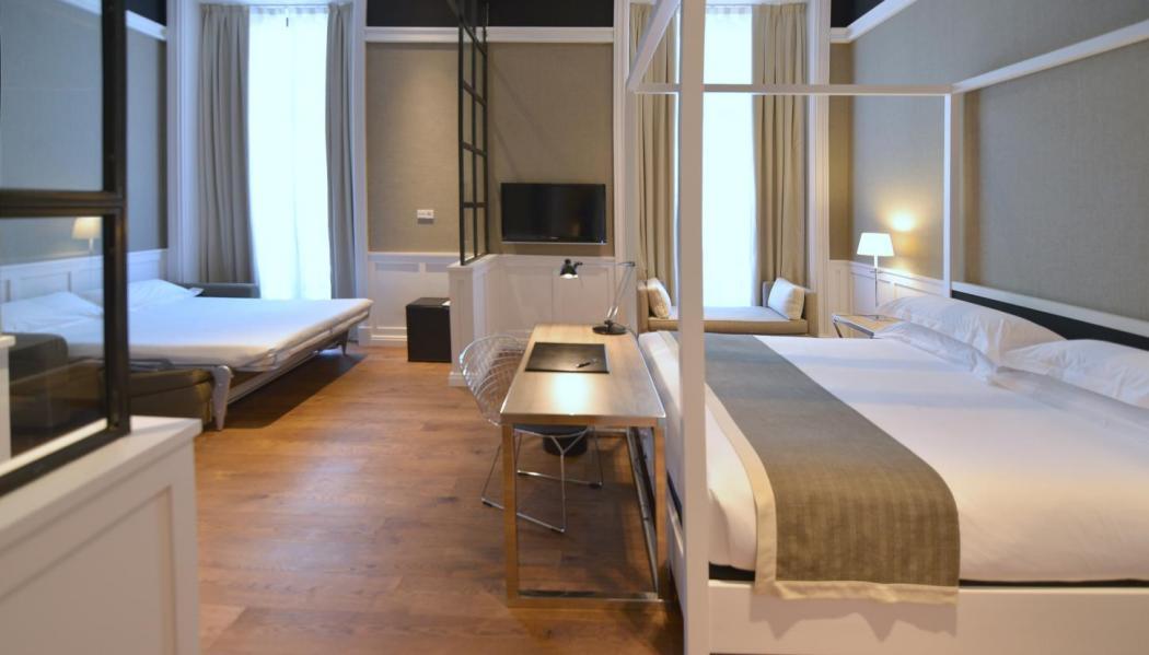 Jr Suite - Hotel Granvía